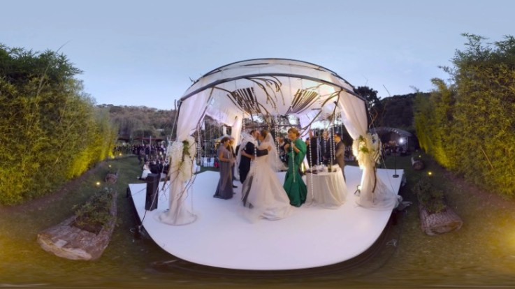 160802130804-wedding-vr-780x439
